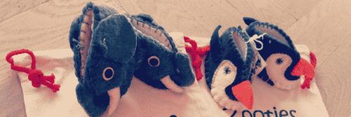 chausson éléphant et pingouin fait main en laine pour bébé