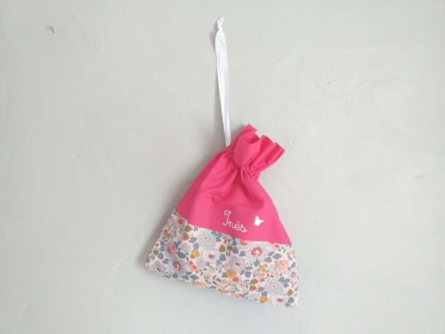 petit sac en tissu au prénom de l'enfant