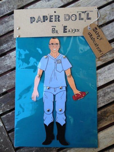 personnage dessiné en tenue de médecin