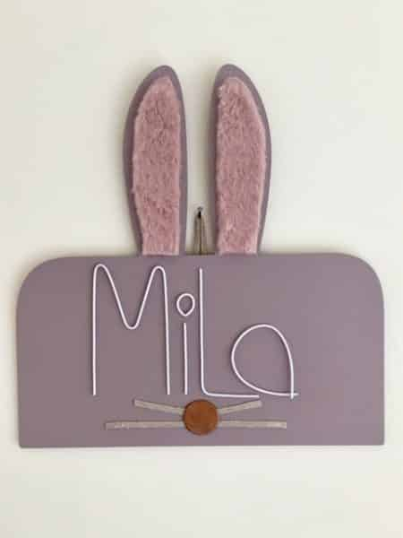 tête de lapin en bois peint prénom mila