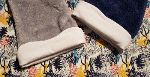 tissu jungle jaune noir et bleu pour bonnet bébé personnalisé
