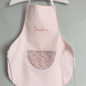 tablier de cuisine rose pale pour Josephine
