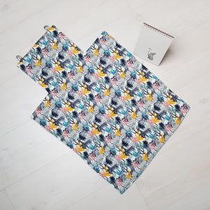 tapis à langer déplié tissu coloré